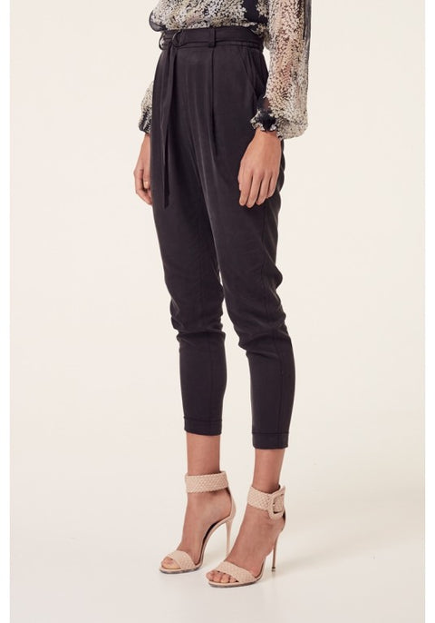 Ashton Hi-Waisted Relaxed Pant