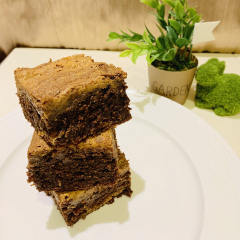 Organic peanut butter lactation brownies to Boost Mommy's Milk supply