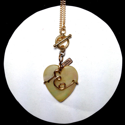 BRADSTREET mother of pearl monogram heart necklace