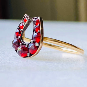 Antique Horseshoe Bohemian Garnet Gold Ring