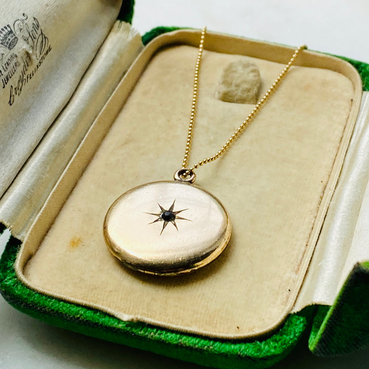 Victorian locket starburst