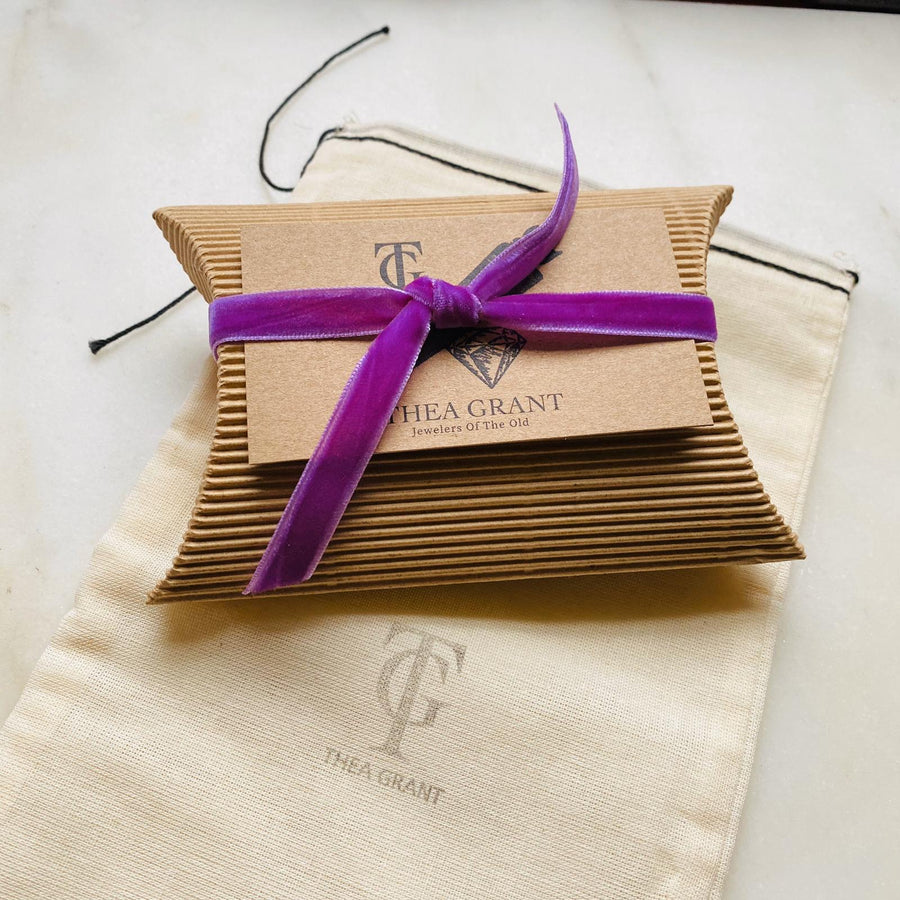 Eco-Friendly Green gift wrap with vintage ribbon