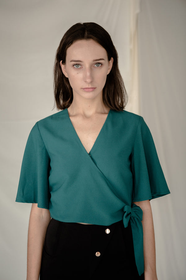 Side Tie Top in Green