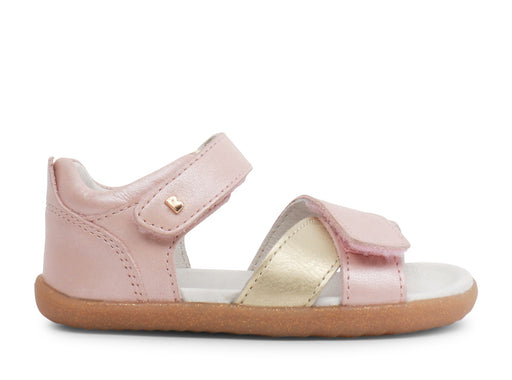 BOBUX STEP UP SAIL SANDAL - BLUSH SHIMMER