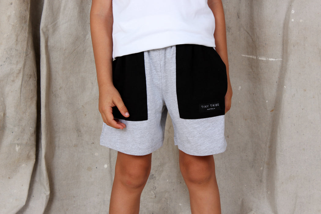 TINY TRIBE COLOUR BLOCK POCKET SHORT