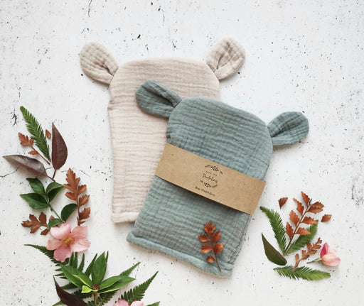 OVER THE DANDELIONS BEAR WASH GLOVE - SAGE
