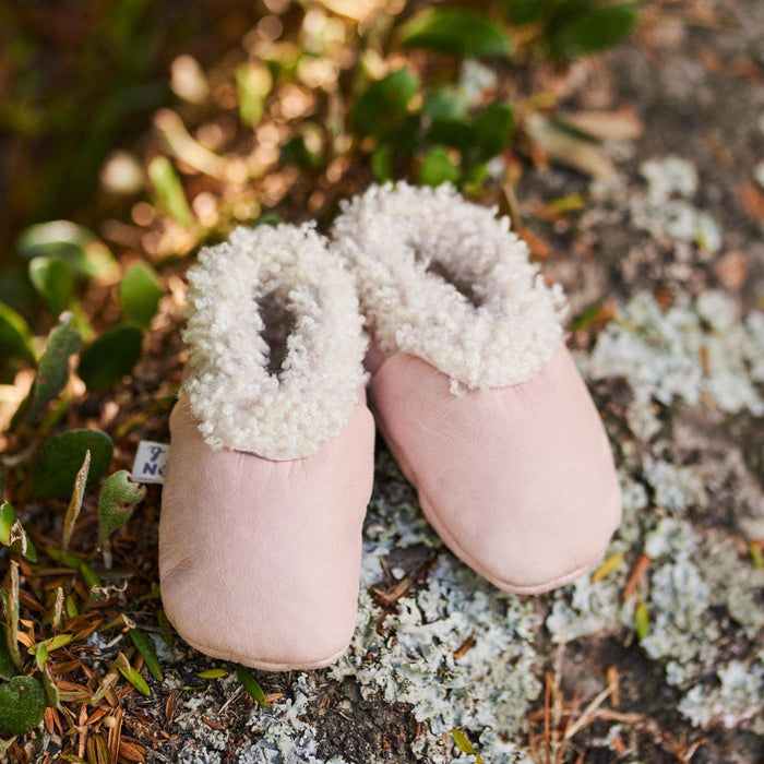 The Kids Store-NATURE BABY LAMBSKIN BOOTIES - ROSE BUD-