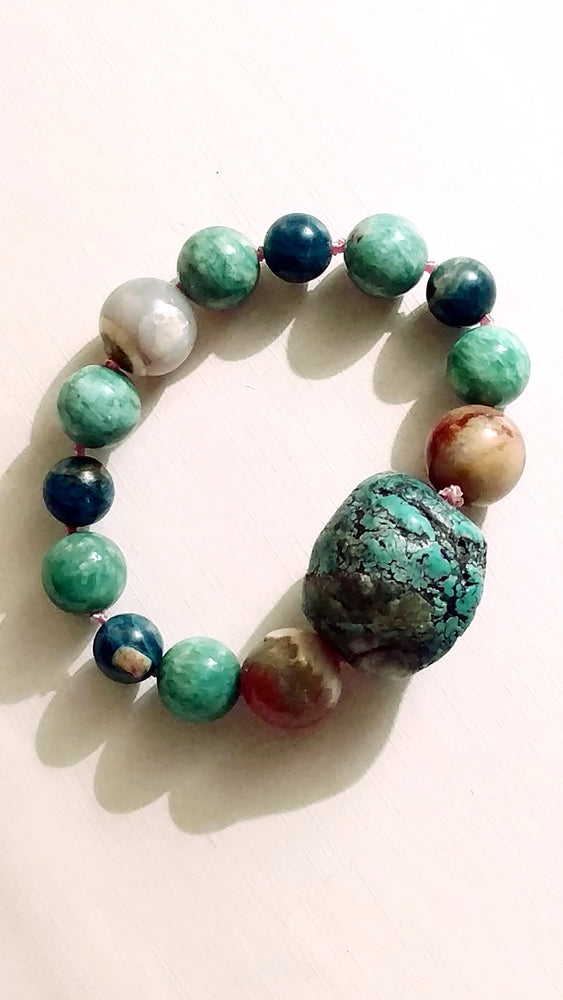 Mesa Bracelet with American Turquoise Chunk