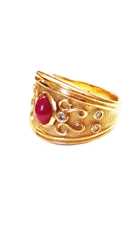 Vintage 18kt Gold Italian Ruby and Diamond Ring