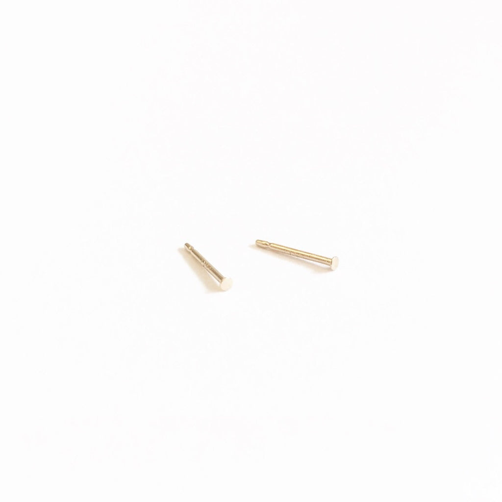 Dottie Stud Earrings - Solid 14kt