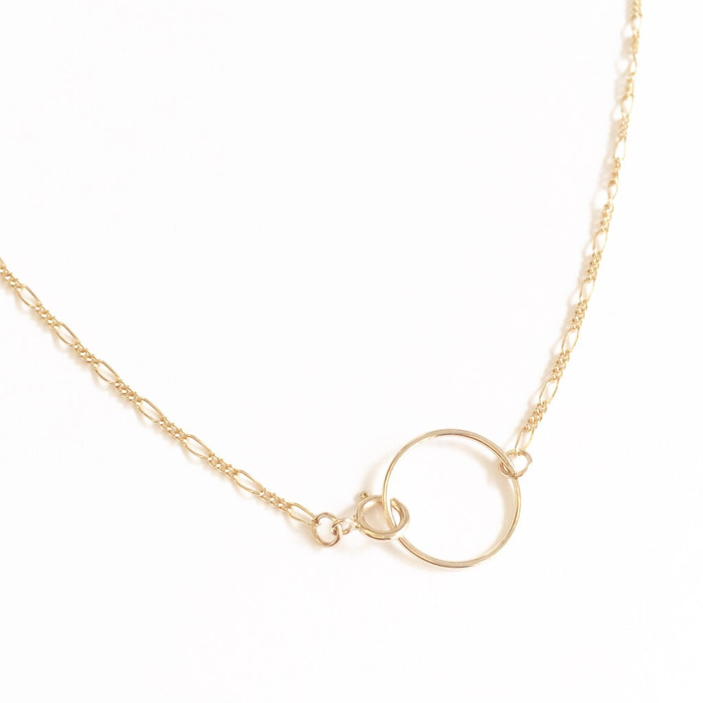 Figaro Chain Choker Necklace with Circle