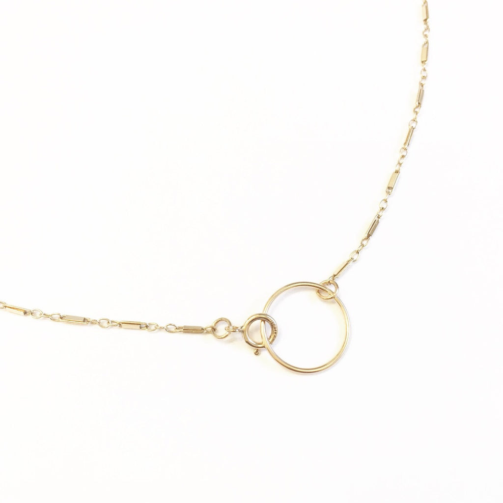 Bar Chain Choker Necklace with Circle