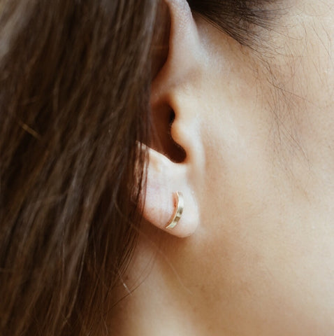 Short & Wide Demi Stud Earring - Solid 14kt