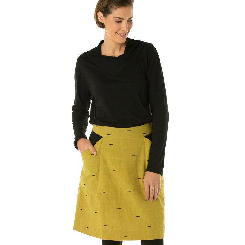 A-line skirt with piping