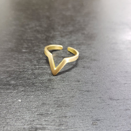 Single Chevron ring