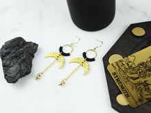 Load image into Gallery viewer, Side view of pair of Hammered style drop macrame earrings in gold and black color in white background.