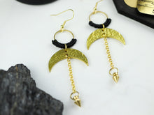 Load image into Gallery viewer, Closeup of Pair of Hammered style drop macrame earrings in gold and black color.