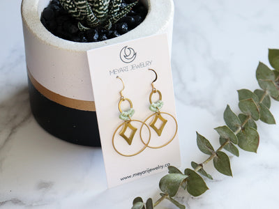 Diamond in circle drop macrame earrings in green & gold color Made with knotted waxed polyester and brass components.