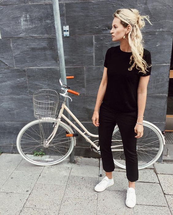 25 All Black Outfits For Women, Black On Black Outfit