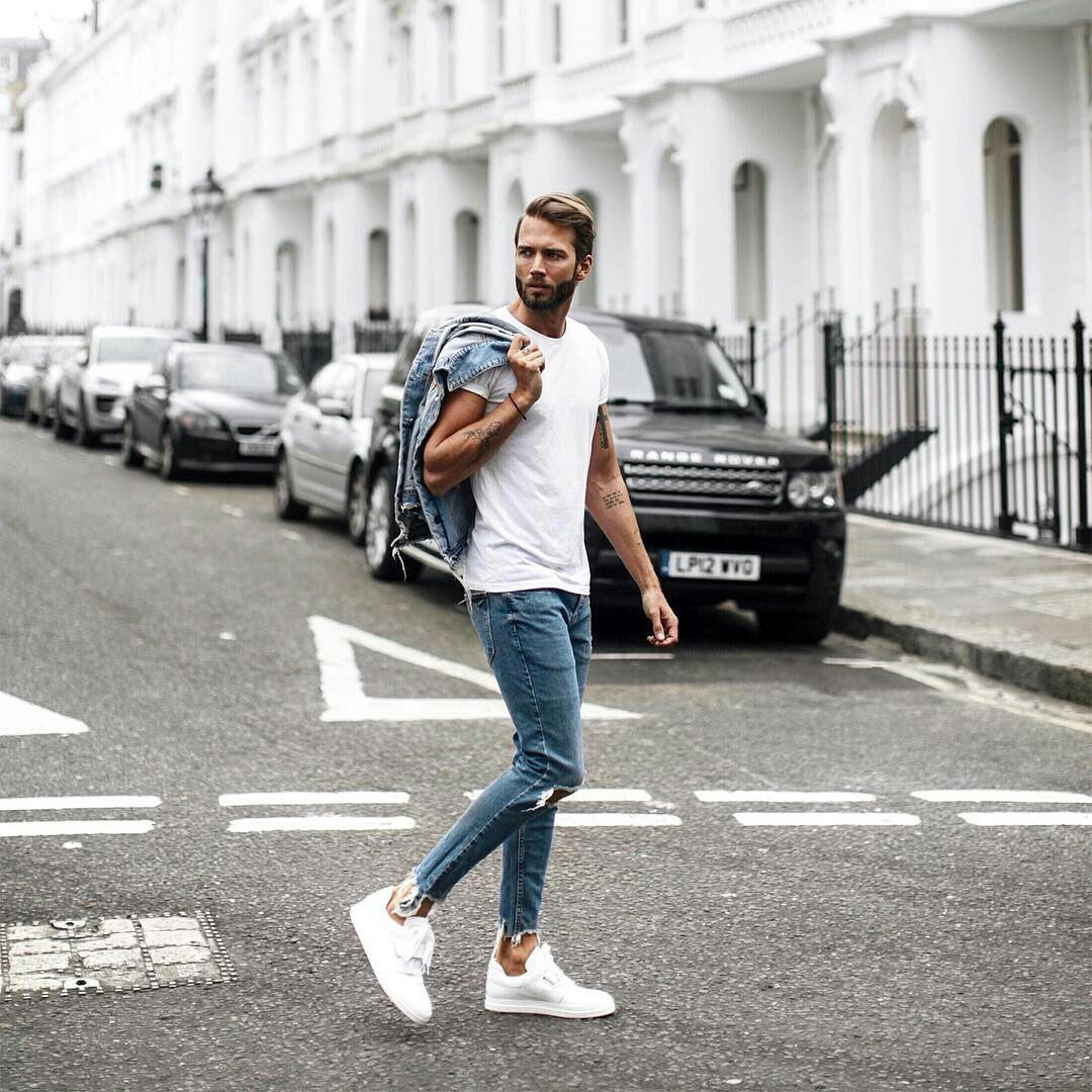 5 Minimal Street Style Looks To Help You Look Sharp In Basics