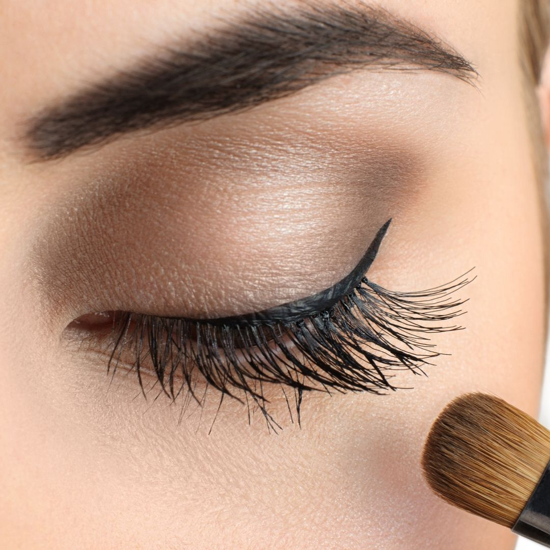 Microblading – The Eyebrow Makeup That Gives Natural-Looking And Long-Lasting Eyebrows