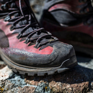 What Kind Of Shoes To Wear For Hiking?