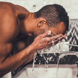 Men's Skin Care Tips: How To Manage Oily Skin