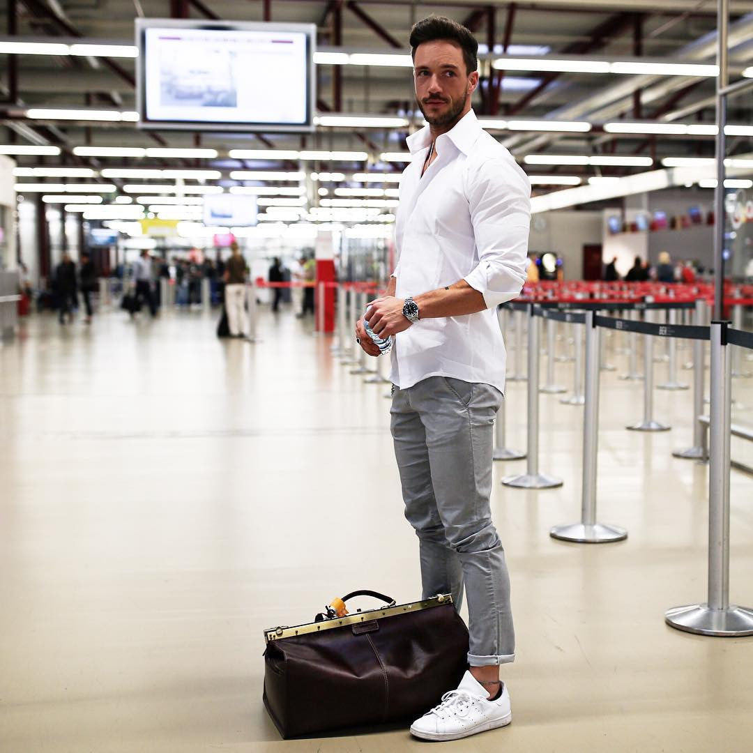 7 Coolest Airport Looks For Guys | Airport Outfit Ideas For Men