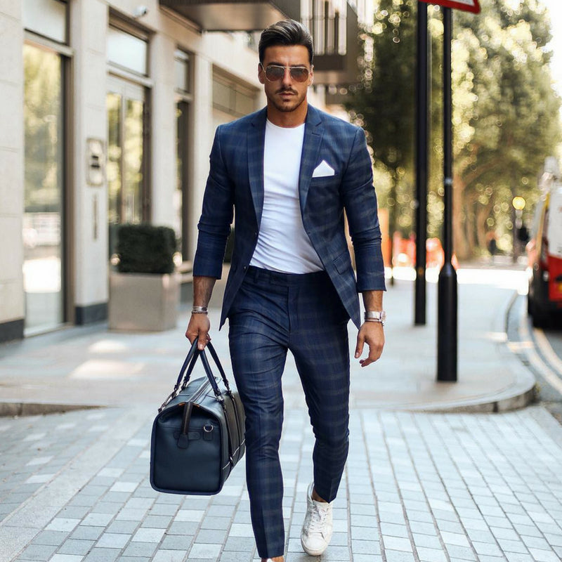 9 Minimal Business Casual Outfits For Men
