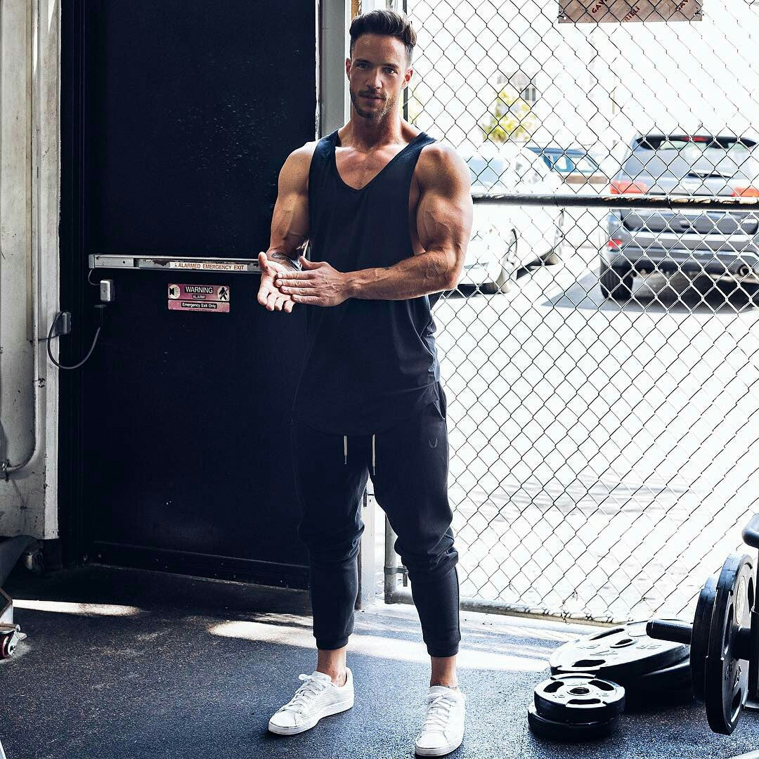 9 Gym Outfit Ideas For Men That Ll Inspire You To Workout Right Now