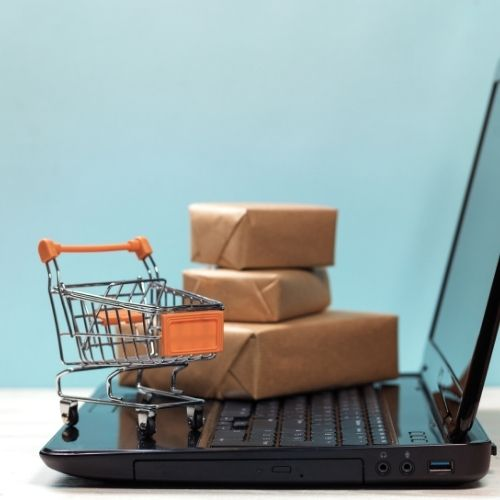 Shopping Online: Key Ways of Ensuring You Save Money as You Shop