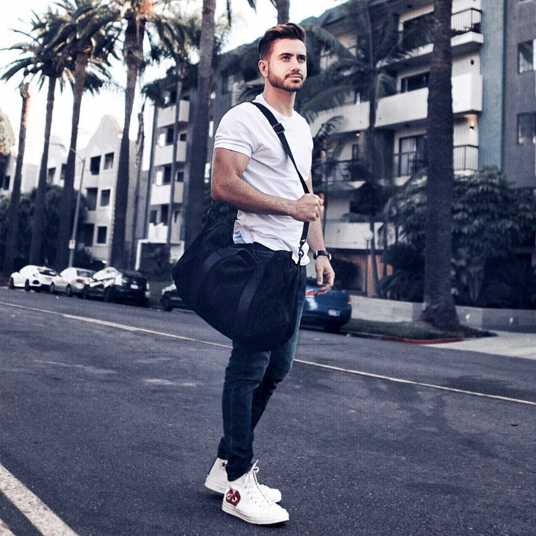 5 Cool T-shirt Outfits For Men