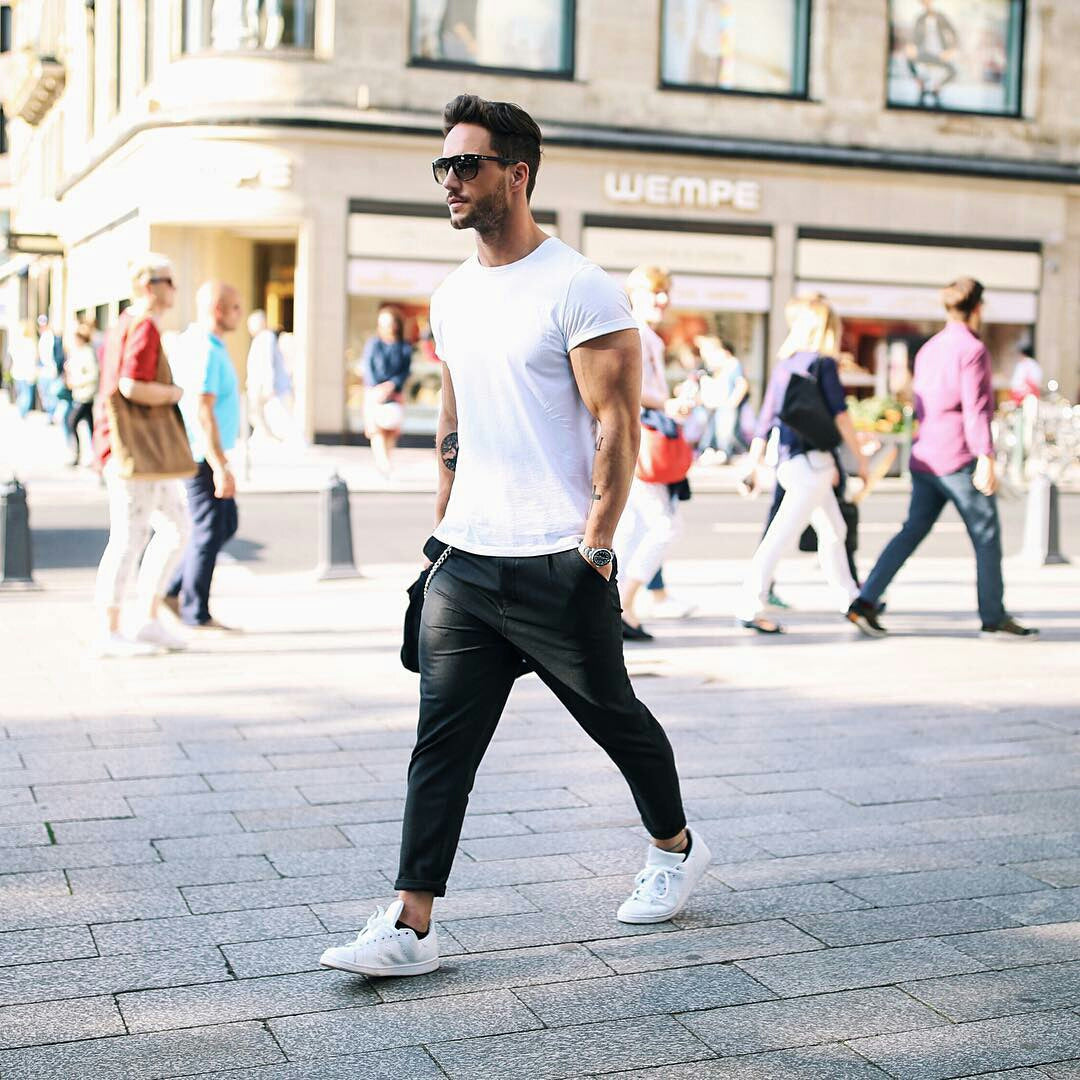 7f8520a9a27 5 Coolest White T-shirt Outfit Ideas For Men – LIFESTYLE BY PS