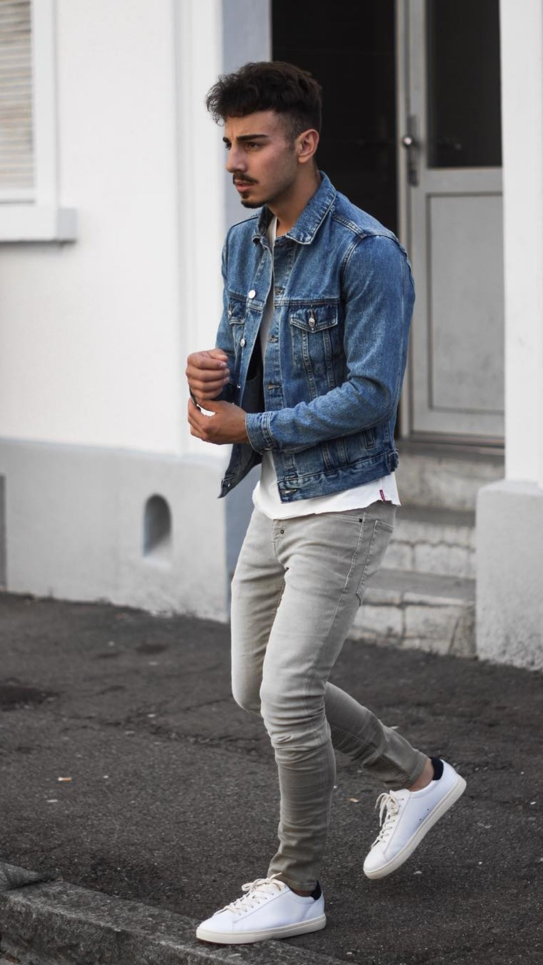 5 Casual Outfits For Young Guys #casual #outfits #mensfashion #streetstyle