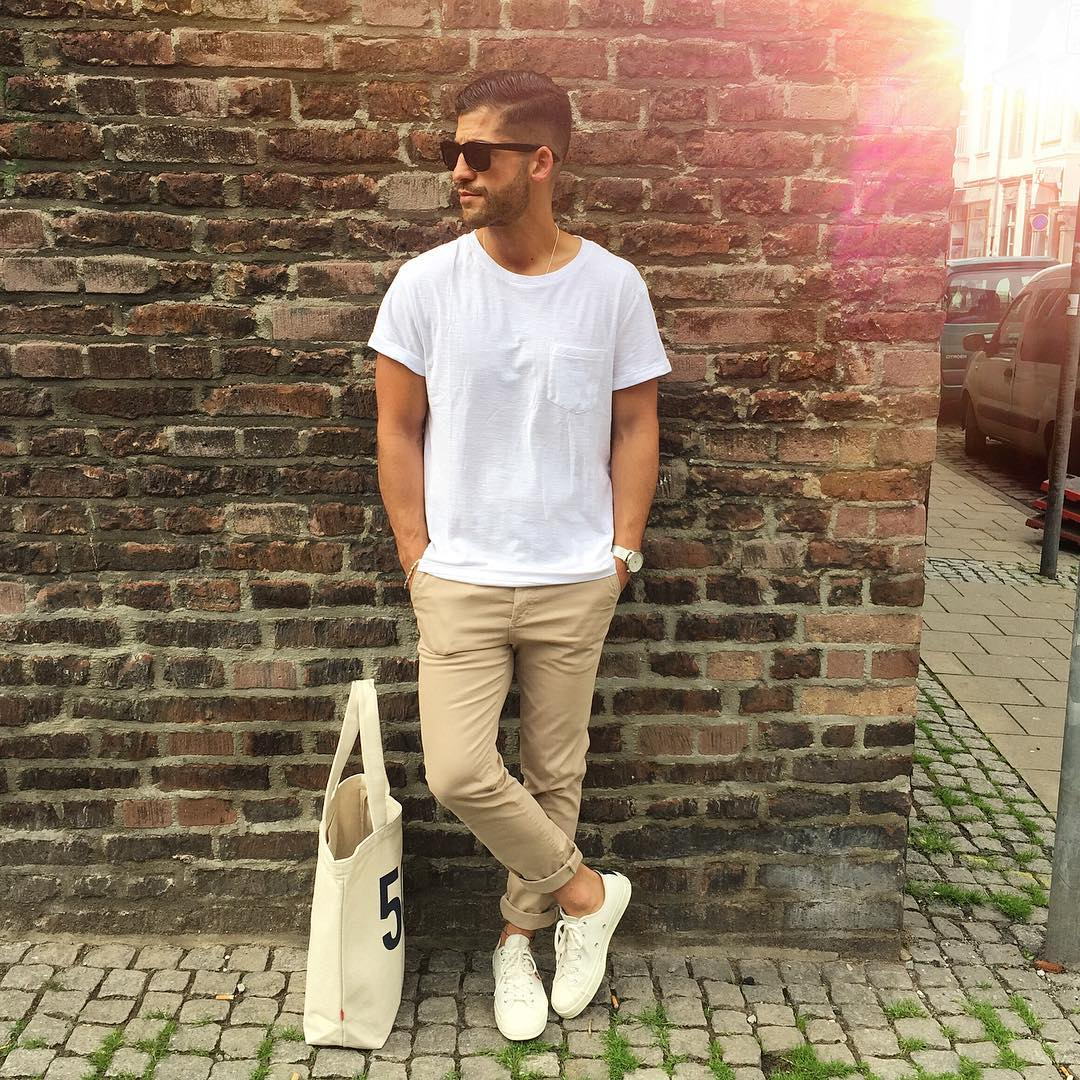 7 Ways To Wear Your Basic White T-shirt Like A Fashion ...