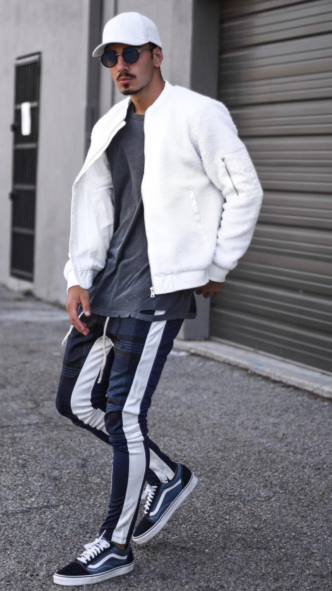 5 Joggers Outfits For Men #joggers #mens #fashion #street #style #athleisure