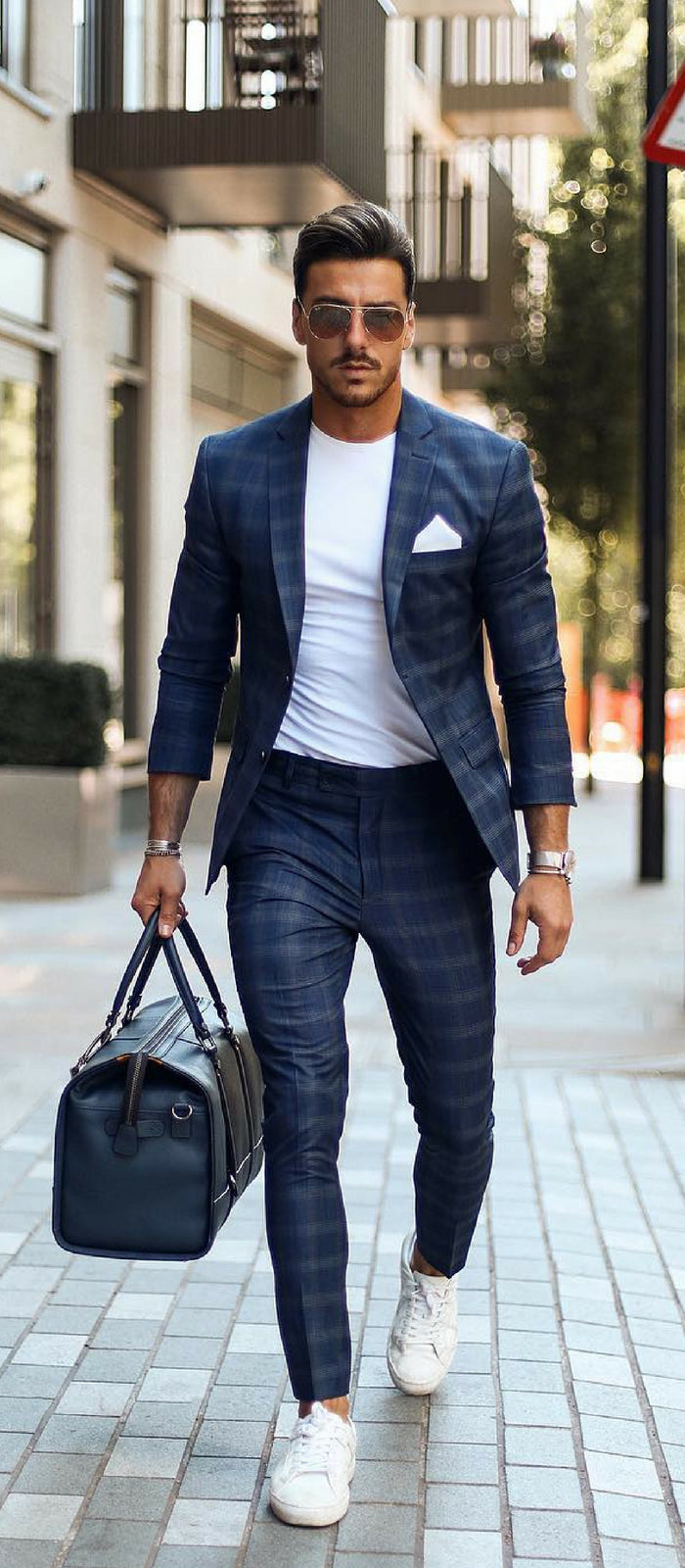 9 Minimal Business Casual Outfits For