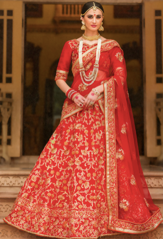 ac0a58d5a2 Why You Should Choose a Saree Over a Lehenga for Your Wedding ...