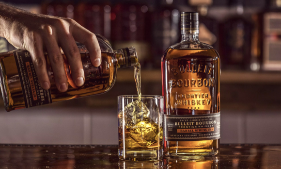 5 Tips on How to Pair Cigars and Bourbon like a Pro