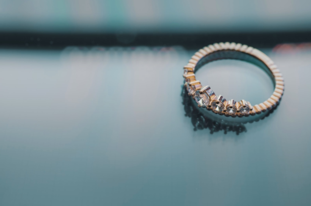 5 Reasons Why You Should Buy Your Partner An Eternity Ring