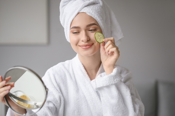 6 Skin Routines that help in Reducing Fine Lines and Wrinkles