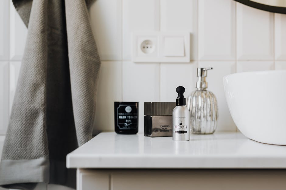 Shopping Scents Smart: What's the Best Perfume Brand?