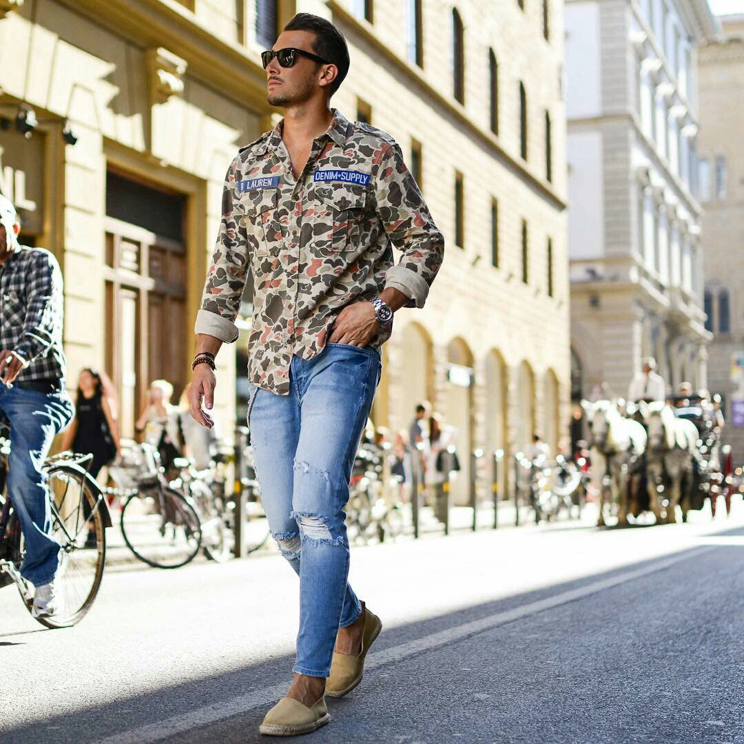 camouflage shirt street style look
