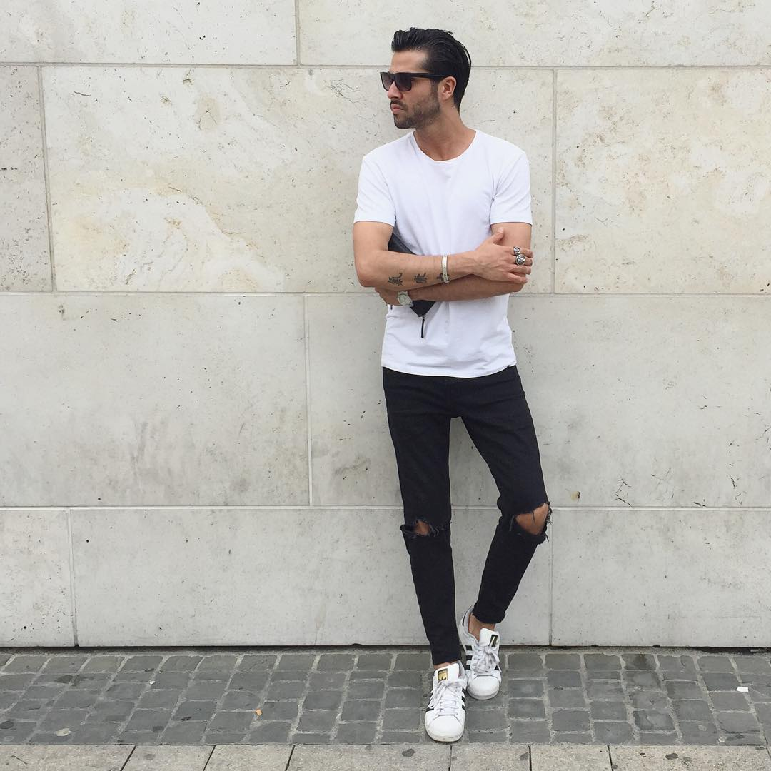 Simple Black Denim \u0026 White Crew Neck. Outfits You Can Wear With Sneakers