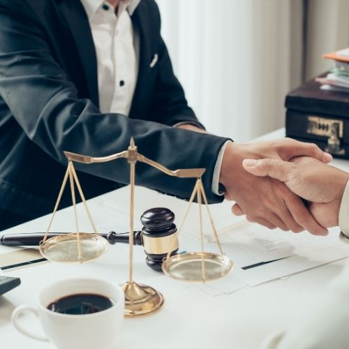 10 Reasons You Need to Hire an Experienced Car Accident Attorney
