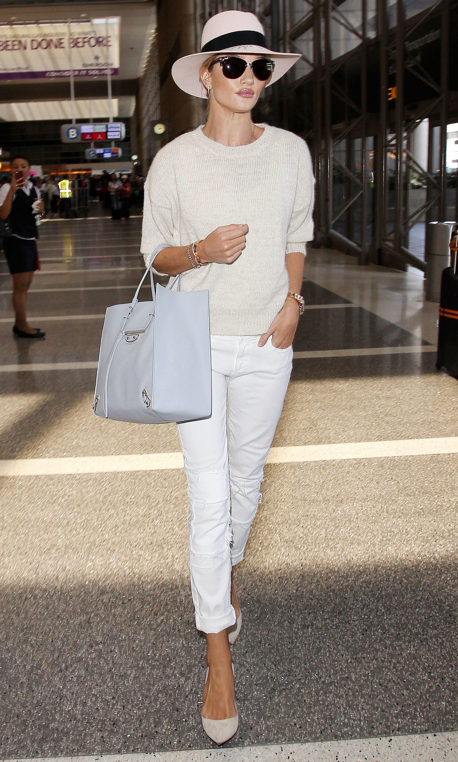 Airport outfit for women