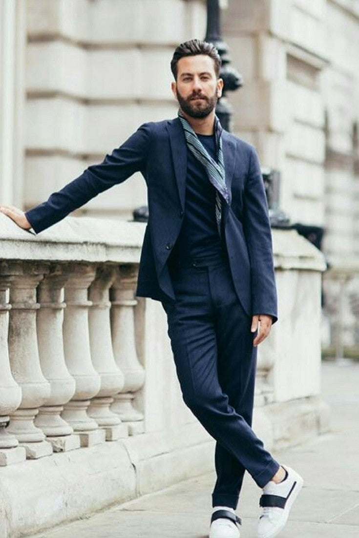 8 Ways To Wear Navy Chinos On The Street  d8f69c5d1