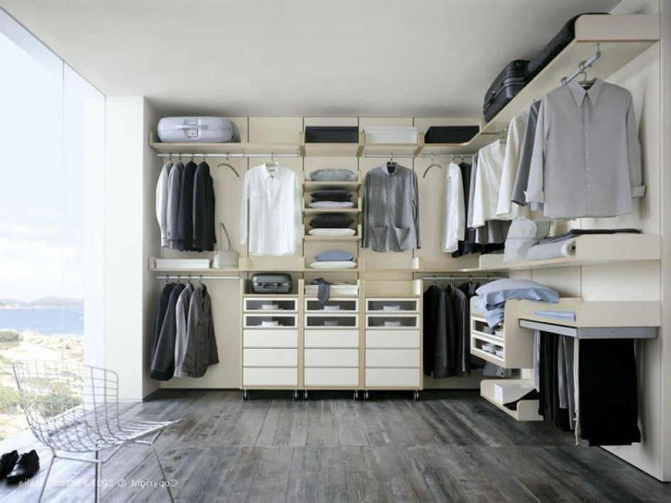 5 Simple Ways to Declutter Your Wardrobe