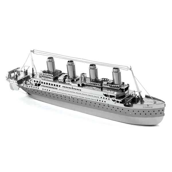 Titanic Metal Earth Model