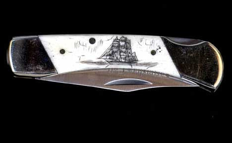 "Scrimshaw Collection 3"" Lockback Knife"